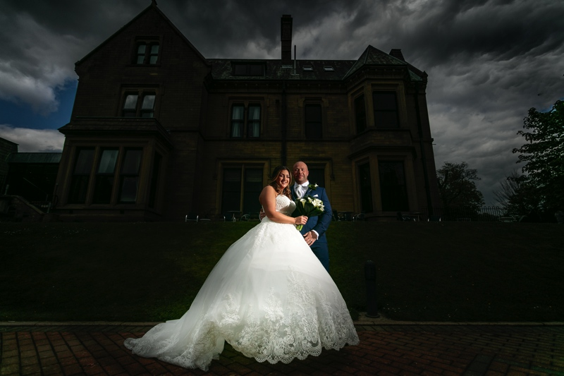 Bride and Groom outside the Oaks Hotel in Burnley.