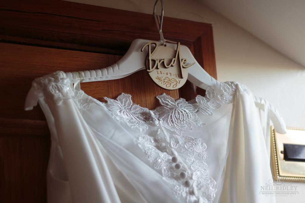 Beeston Manor Wedding Photographer - Wedding Dress