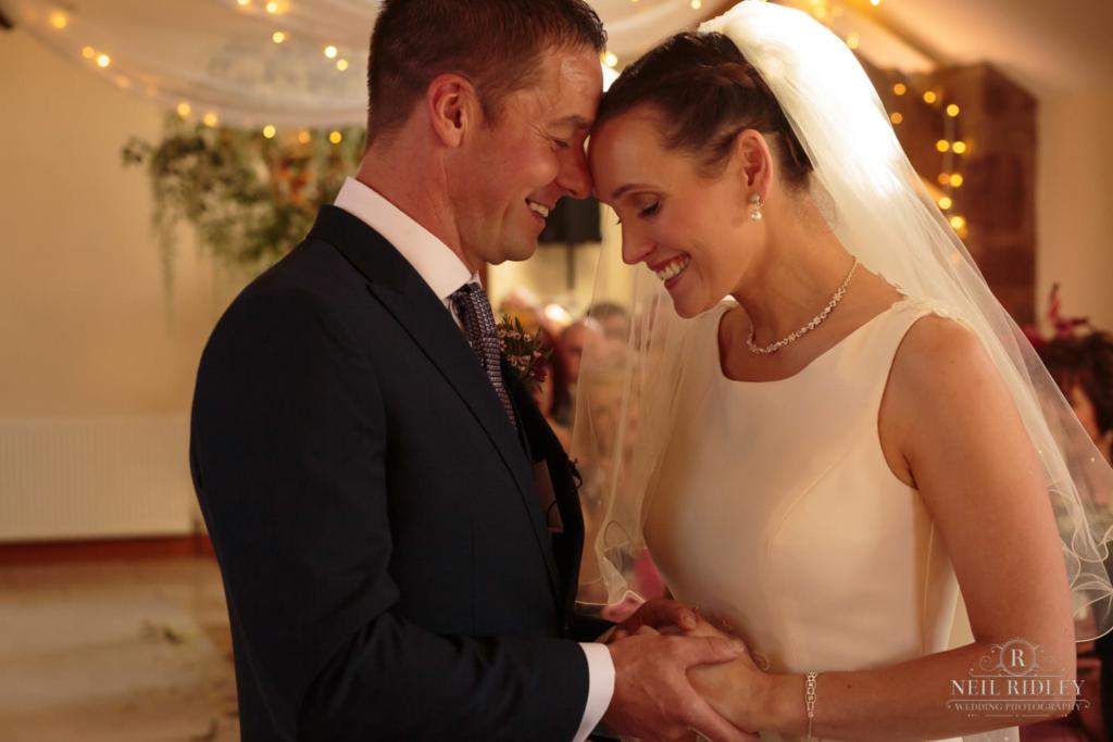 Beeston Manor Wedding Photographer - Moments